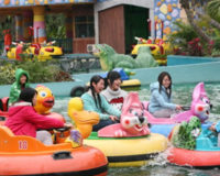 Why Bumper Boats Get More and More Popular in the Funfairs?
